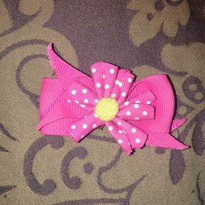 Accessories - 6 small girls hair accessories